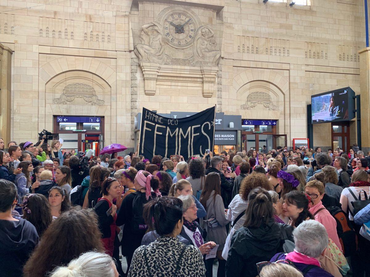 GrèveFemmes_Chorale_D