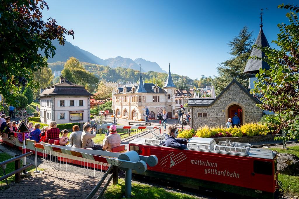 Ce samedi, réouverture du Swiss Vapeur Parc   LFM la radio